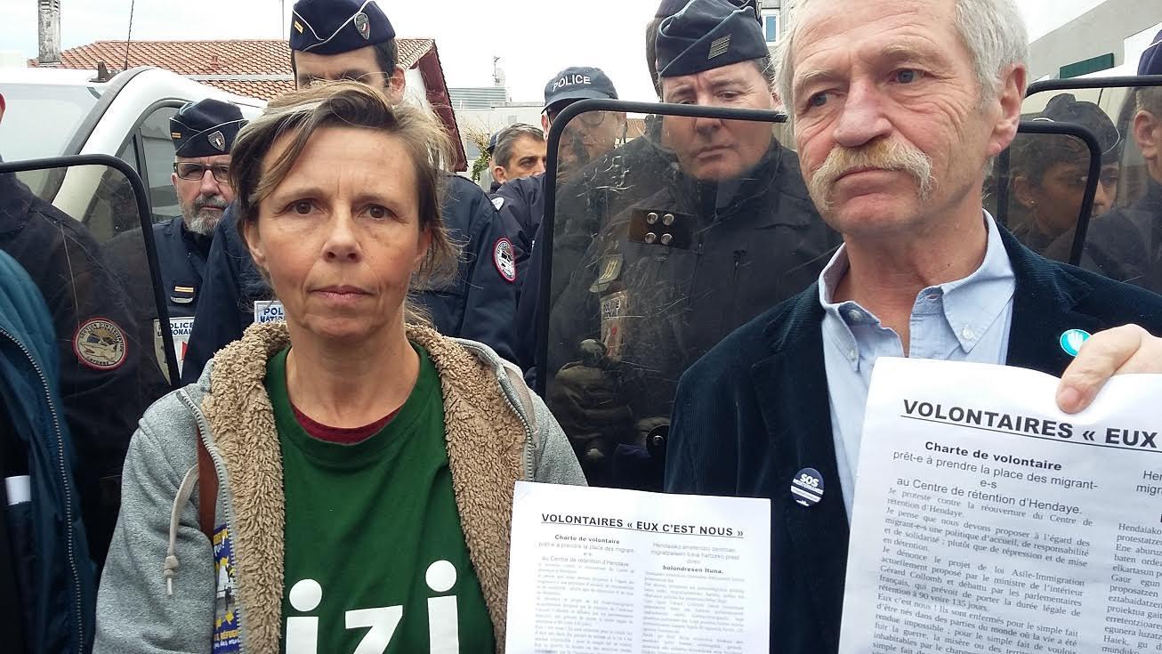 Des militants dont José BOVÉ se proposent pour prendre la place des migrants en centre de rétention