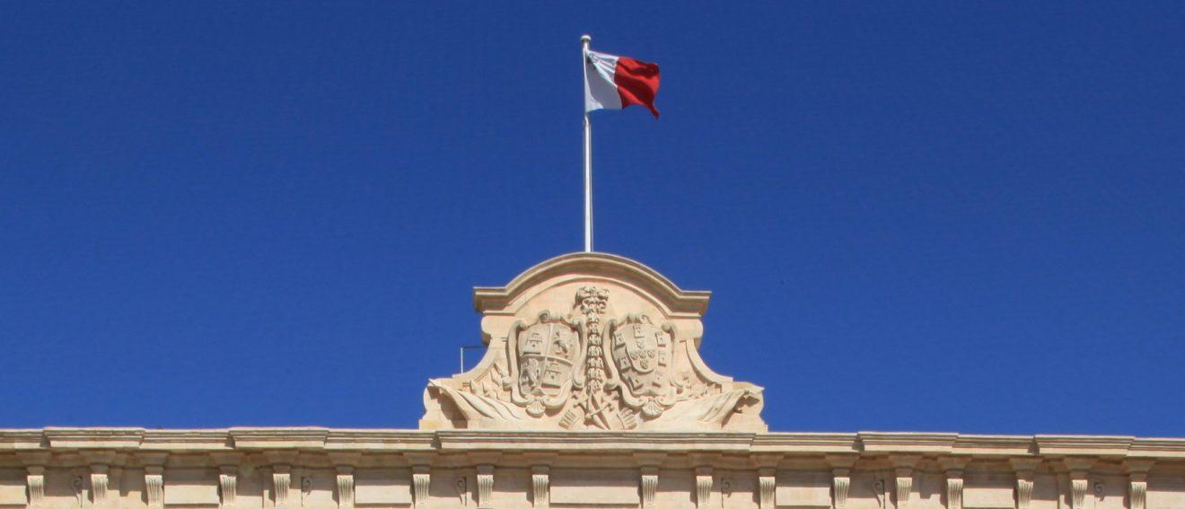 Malte : le vote fort du Parlement montre que la Commission doit entamer un dialogue sur l'État de droit